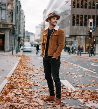 How To Wear Black Skinny Jeans With Brown Leather Boots For Men: You'll be surprised at how very easy it is for any gent to pull together this off-duty outfit. Just a tobacco shirt jacket and black skinny jeans. Balance out your look with a smarter kind of footwear, such as this pair of brown leather boots.