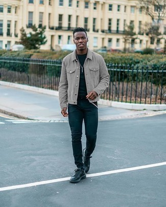 Grey Shirt Jacket Outfits For Men: A grey shirt jacket looks especially cool when matched with navy skinny jeans. Our favorite of a variety of ways to finish this look is a pair of black leather low top sneakers.