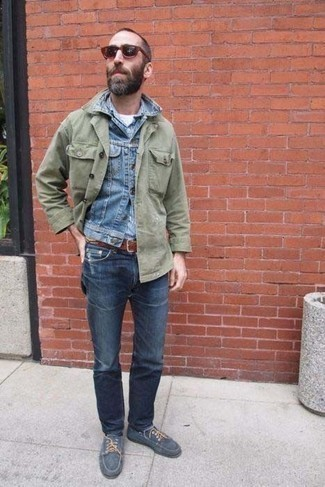 Boat Shoes Outfits: Consider teaming an olive shirt jacket with navy jeans for a comfortable look that's also put together. Let your outfit coordination chops really shine by finishing off this ensemble with boat shoes.