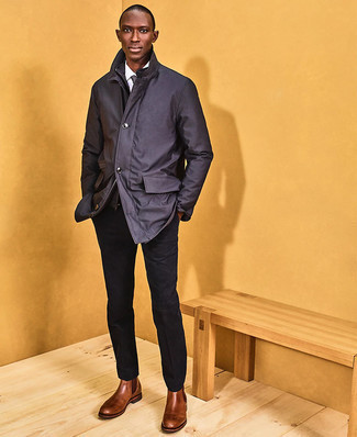 Tie Outfits For Men: Try teaming a charcoal shirt jacket with a tie to look handsome and classic. Why not take a more laid-back approach with shoes and opt for brown leather chelsea boots?