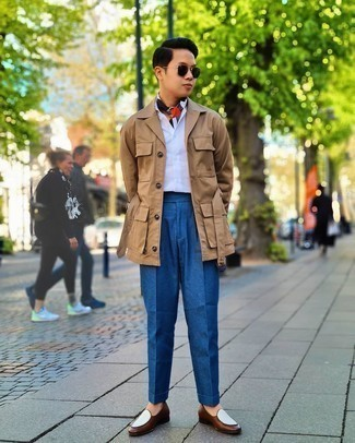 Tan Shirt Jacket Outfits For Men: Wear a tan shirt jacket with blue dress pants for a chic and polished look. Introduce a pair of brown leather loafers to the equation and you're all done and looking boss.