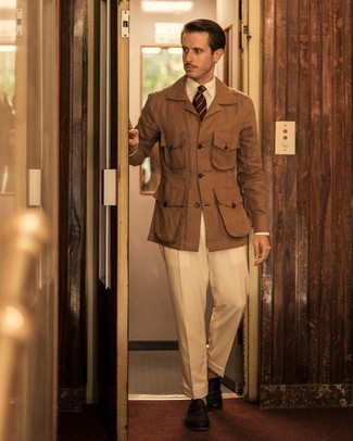Tan Shirt Jacket Outfits For Men: Teaming a tan shirt jacket and beige dress pants is a surefire way to infuse your daily repertoire with some masculine elegance. Black leather loafers finish this outfit quite nicely.