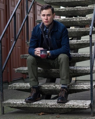 Navy Shirt Jacket Outfits For Men: A smart casual pairing of a navy shirt jacket and olive chinos can keep its relevance in many different circumstances. Complement this look with a pair of black leather casual boots and the whole outfit will come together perfectly.