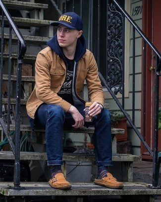 Navy Hoodie Outfits For Men: Opt for a navy hoodie and navy jeans for a casually edgy and fashionable outfit. Introduce a pair of brown suede loafers to this outfit for a masculine aesthetic.