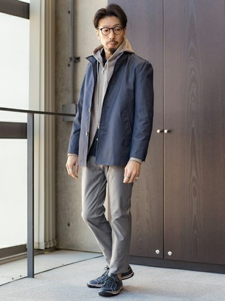 Grey Hoodie Fall Outfits For Men: Want to inject your wardrobe with some fashion-forward dapperness? Consider pairing a grey hoodie with grey chinos. If in doubt as to the footwear, stick to navy leather low top sneakers. So as you can see, it's extremely easy to look amazing and stay cozy when cooler weather comes, all thanks to combos like this.