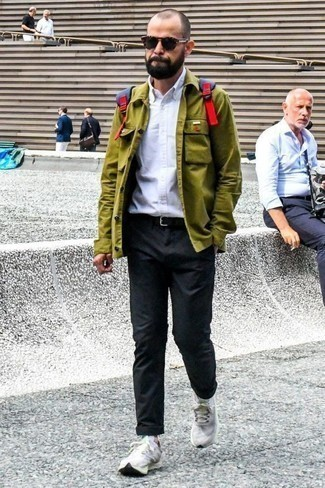 How to Wear a Blue Canvas Backpack For Men: Try pairing an olive shirt jacket with a blue canvas backpack for a killer and trendy ensemble. White athletic shoes are the ideal accompaniment for your look.