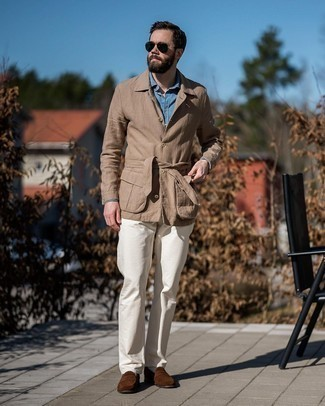 White Socks Outfits For Men: This bold casual pairing of a tan linen shirt jacket and white socks is super easy to put together without a second thought, helping you look sharp and prepared for anything without spending a ton of time searching through your wardrobe. Tone down the casualness of this getup by wearing a pair of brown suede loafers.