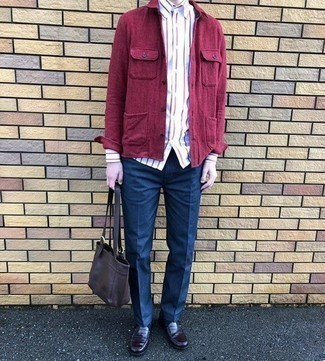 Burgundy Leather Loafers Outfits For Men: A purple shirt jacket looks so refined when worn with navy dress pants. Let your styling sensibilities really shine by finishing your outfit with a pair of burgundy leather loafers.