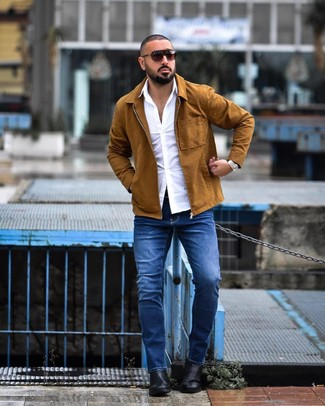 How to wear: tobacco shirt jacket, white long sleeve shirt, blue jeans, black leather chelsea boots