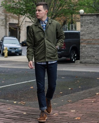 Dark Green Shirt Jacket Outfits For Men: You'll be surprised at how very easy it is for any gentleman to put together this casual look. Just a dark green shirt jacket and navy jeans. The whole look comes together really well if you introduce a pair of dark brown suede casual boots to the mix.