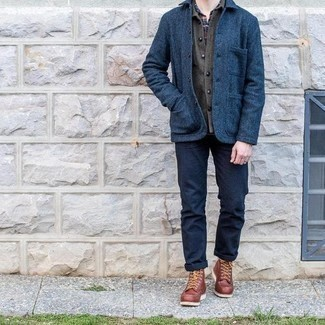 Navy Chinos Outfits: For effortless sophistication with a rugged take, try teaming a navy wool shirt jacket with navy chinos. Brown leather casual boots are a nice choice to complete your ensemble.