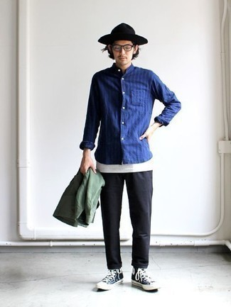 Hat Outfits For Men: Look dapper yet casual street style in an olive shirt jacket and a hat. When in doubt about what to wear in the footwear department, go with a pair of navy and white canvas high top sneakers.