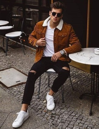 500+ Relaxed Outfits For Men: Dress in a tobacco corduroy shirt jacket and black ripped skinny jeans for a knockout and trendy ensemble. Want to break out of the mold? Then why not add a pair of white canvas low top sneakers to your ensemble?