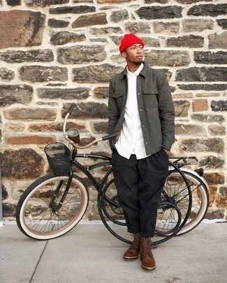 How to Wear a Beanie For Men: Putting together a grey quilted shirt jacket with a beanie is a smart choice for a casual yet seriously stylish outfit. For a classier aesthetic, add brown leather casual boots to this outfit.