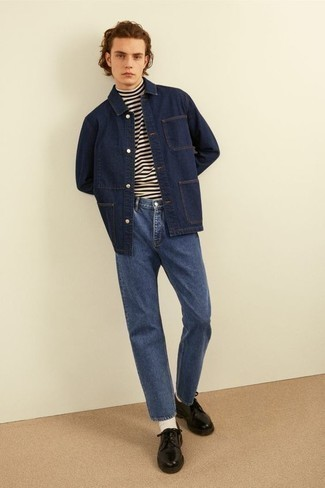How to Wear a Navy Denim Shirt Jacket For Men: This casual pairing of a navy denim shirt jacket and blue jeans will attract attention wherever you go. Serve a little outfit-mixing magic by slipping into a pair of black leather derby shoes.