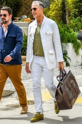 How to Wear Sunglasses For Men: To put together a relaxed casual look with a bold spin, pair a white shirt jacket with sunglasses. Don't know how to complete this look? Wear a pair of olive suede desert boots to ramp it up.