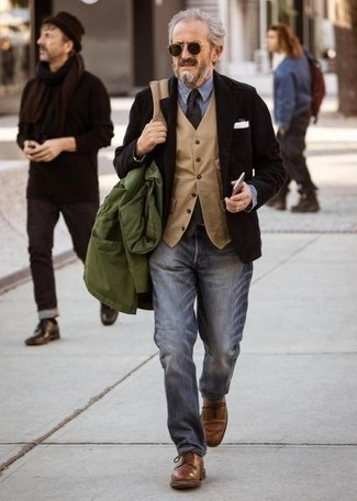 Charcoal Jeans Dressy Outfits For Men After 50: This laid-back combination of a dark green shirt jacket and charcoal jeans is very easy to throw together in seconds time, helping you look dapper and ready for anything without spending too much time digging through your closet. To give your getup a dressier vibe, why not complete your outfit with a pair of brown leather derby shoes? Combos like this have a sophisticated air that befit middle-aged guys really well.