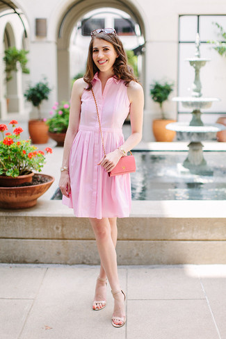 How to Wear Beige Leather Heeled Sandals: Go for a pink shirtdress for a functional look that's also well-executed. And if you wish to immediately spruce up this look with a pair of shoes, add a pair of beige leather heeled sandals to the mix.