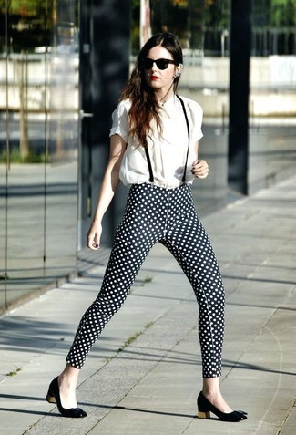 How to wear: white short sleeve blouse, black and white polka dot skinny pants, black leather pumps, black sunglasses