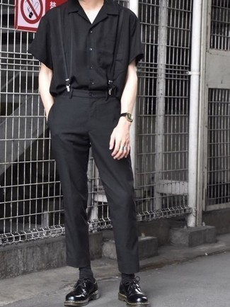 Suspenders Outfits: This combo of a black short sleeve shirt and suspenders is a safe go-to for an incredibly stylish look. If you want to immediately polish off this outfit with one single item, why not add black chunky leather derby shoes to the mix?