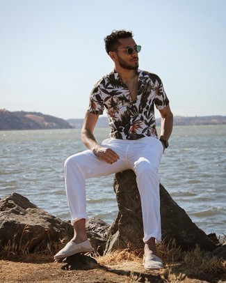 Men's Outfits 2021: Try pairing a white floral short sleeve shirt with white chinos for relaxed dressing with a contemporary spin. A pair of grey horizontal striped canvas espadrilles will tie your full getup together.