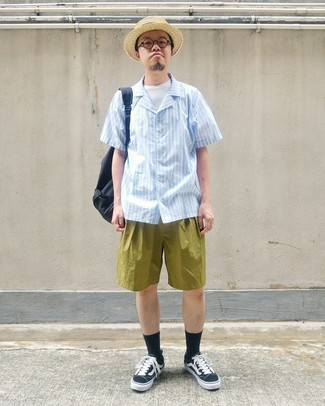 How to wear: light blue vertical striped short sleeve shirt, white crew-neck t-shirt, olive shorts, black and white canvas low top sneakers