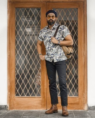 Brown Leather Chelsea Boots with Black Jeans Outfits For Men: If you gravitate towards casual style, why not try this combination of a white and navy floral short sleeve shirt and black jeans? Complete this outfit with a pair of brown leather chelsea boots to effortlessly boost the wow factor of any outfit.