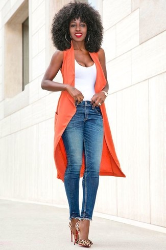 How to wear: orange sleeveless coat, white tank, blue skinny jeans, tan leopard leather pumps