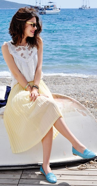 How to wear: white lace sleeveless top, yellow pleated midi skirt, aquamarine leather loafers, beige sunglasses