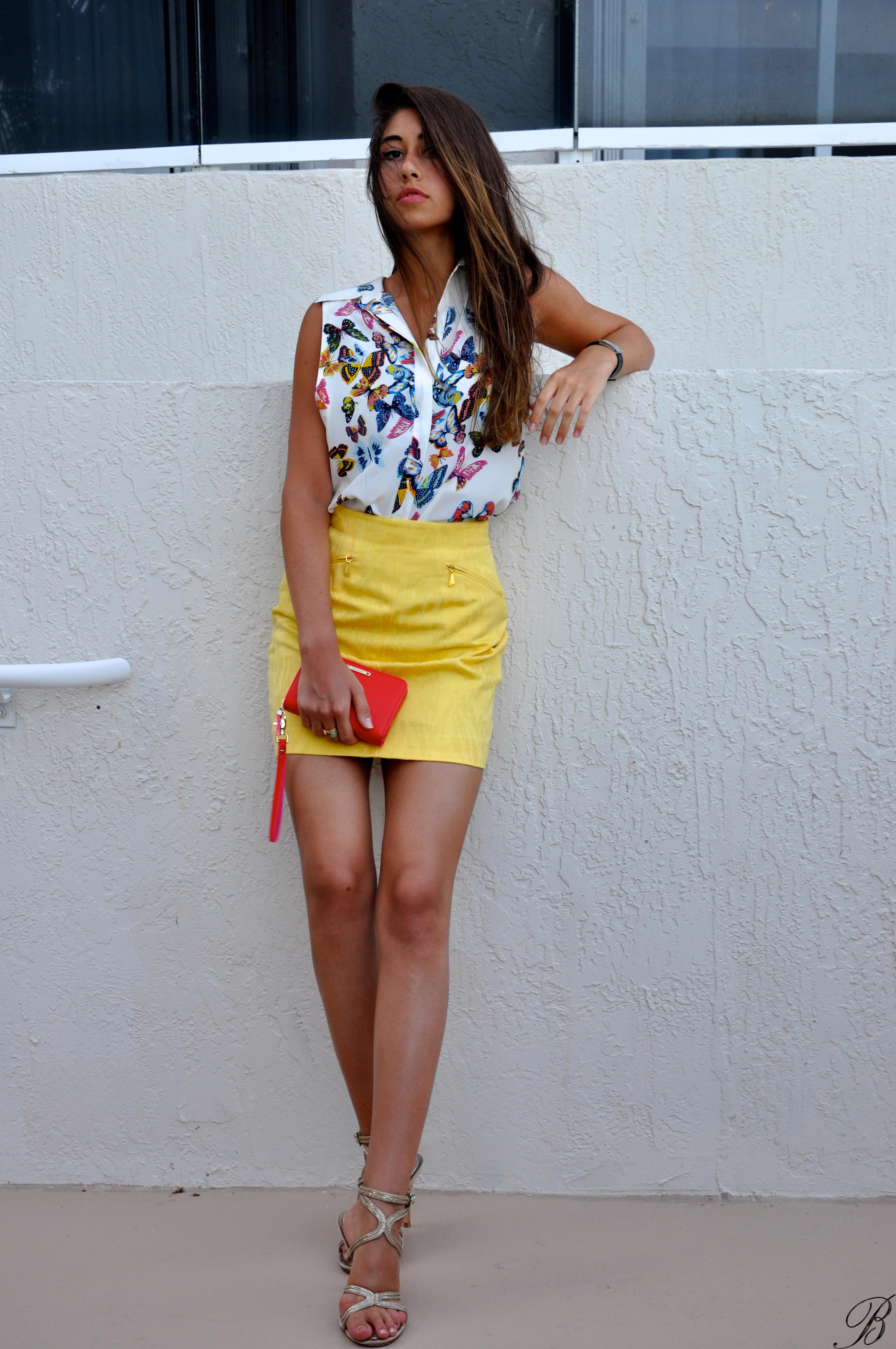 Yellow Leather Mini Skirt - Dress Ala