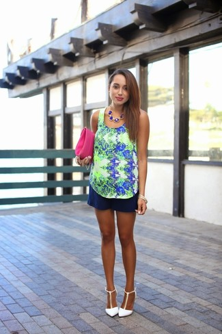 How to wear: navy and green print sleeveless top, navy shorts, white leather wedge pumps, hot pink leather clutch