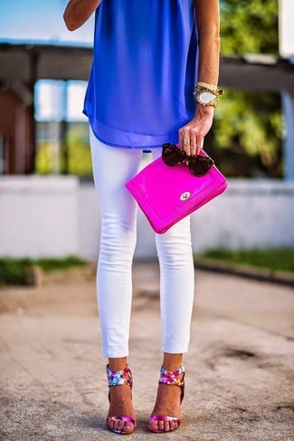 How to wear: blue chiffon sleeveless top, white skinny jeans, hot pink floral leather heeled sandals, hot pink leather clutch