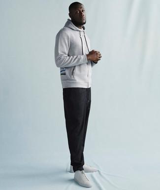 Sudadera con capucha gris pantalon de chandal en gris oscuro tenis de cuero blancos large 21952