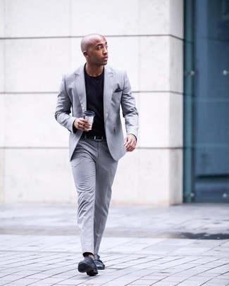 Navy Crew-neck T-shirt Outfits For Men: Prove that nobody does smart casual men's style like you in a navy crew-neck t-shirt and a grey suit. For something more on the elegant end to finish off this look, add a pair of black leather double monks to the mix.