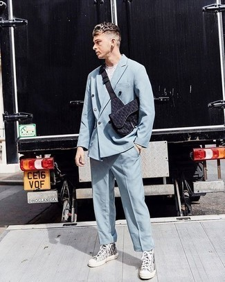High Top Sneakers with Suit Outfits: A suit and a white print crew-neck t-shirt married together are a match made in heaven for those dressers who appreciate casually smart combos. Give a more casual twist to an otherwise mostly dressed-up outfit by finishing with a pair of high top sneakers.