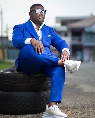 Blue Suit with White Sneakers Outfits
