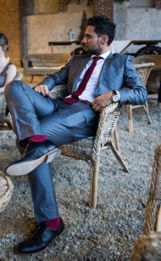 How to Wear Hot Pink Socks For Men: For comfort dressing with a twist, opt for a blue suit and hot pink socks. A pair of black leather derby shoes will put a different spin on an otherwise mostly casual outfit.