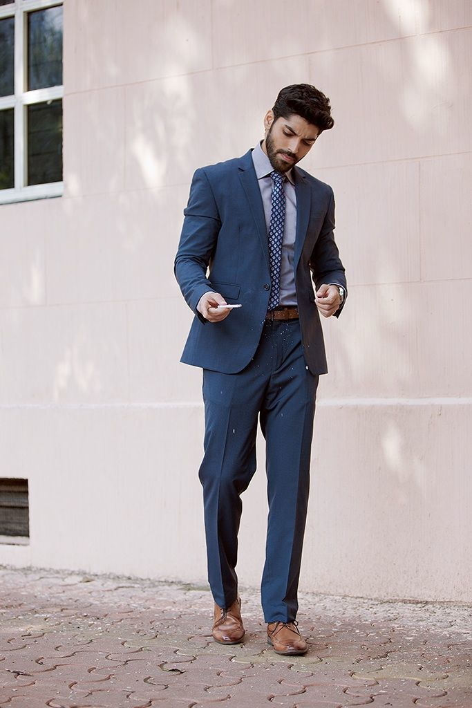 How To Wear a Navy Suit With a Grey Dress Shirt | Men's Fashion
