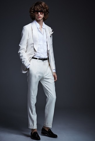 How to wear: white suit, white dress shirt, black leather loafers, white pocket square