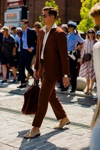 Black Watch Outfits For Men: A brown suit and a black watch are an easy way to introduce extra cool into your off-duty wardrobe. A pair of beige suede loafers instantly kicks up the fashion factor of any outfit.