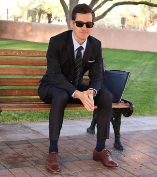 How to wear: black suit, light violet dress shirt, brown leather oxford shoes, black leather zip pouch
