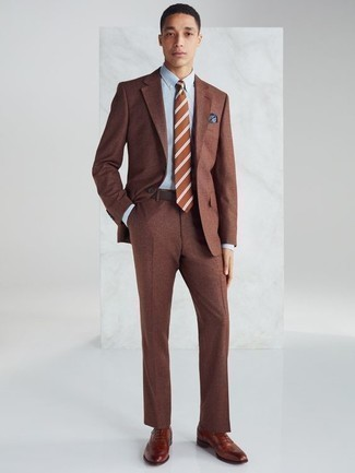 How to Wear Tobacco Leather Oxford Shoes: Combining a brown suit and a light blue dress shirt is a guaranteed way to infuse your styling lineup with some manly sophistication. A pair of tobacco leather oxford shoes is a wonderful choice to round off this ensemble.