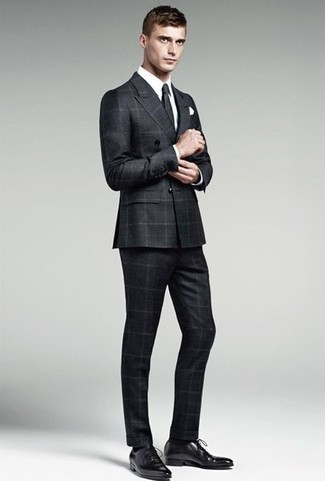 How to Wear Black Socks In Your 30s For Men: For a relaxed look, consider teaming a black check suit with black socks — these pieces play really good together. Go off the beaten track and break up your getup by rocking a pair of black leather oxford shoes.