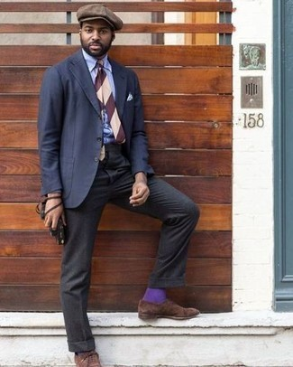 Navy Suit Outfits: Channel your inner Bond and pair a navy suit with a light blue dress shirt. When in doubt as to what to wear in the shoe department, go with brown suede oxford shoes.
