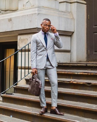 Dress Shirt Outfits For Men: This polished combo of a dress shirt and a grey plaid suit is a favored choice among the sartorially superior chaps. A pair of dark brown leather oxford shoes rounds off this ensemble very well.