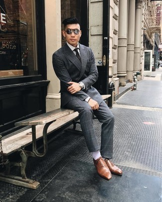Silver Sunglasses with White Dress Shirt Outfits For Men: A white dress shirt and silver sunglasses are a savvy combination worth having in your casual styling repertoire. Bring a sense of class to this outfit by sporting tobacco leather oxford shoes.