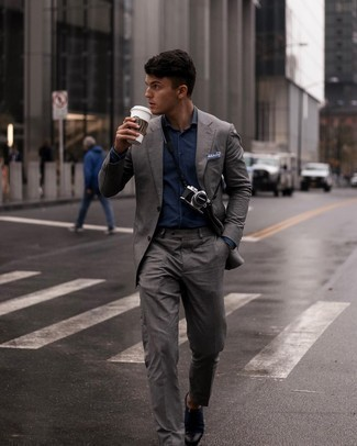 Navy Dress Shirt Outfits For Men: Reach for a navy dress shirt and a grey suit for a sleek polished menswear style. Navy canvas oxford shoes integrate perfectly within a great deal of combinations.