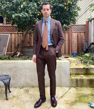 Men's Outfits 2020: The sartorial arsenal of any discerning gent should always include such mainstays as a brown suit and a light blue dress shirt. Choose a pair of burgundy leather tassel loafers to easily ramp up the street cred of this getup.