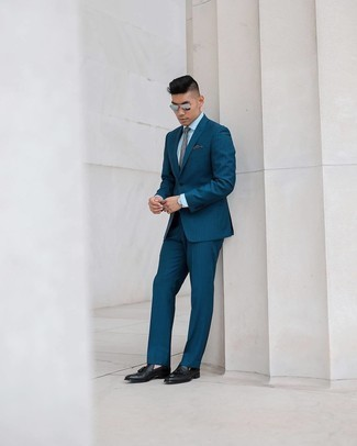 Silver Sunglasses with White Dress Shirt Outfits For Men: To create a relaxed outfit with a modern take, you can easily wear a white dress shirt and silver sunglasses. If you wish to instantly kick up your ensemble with footwear, round off with a pair of black leather tassel loafers.