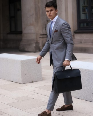 Dark Brown Pocket Square Outfits: This combo of a grey suit and a dark brown pocket square is the perfect foundation for a casual and cool look. You can get a bit experimental when it comes to footwear and class up your outfit by rounding off with a pair of dark brown suede tassel loafers.
